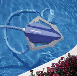 Poles attachments royal swimming pools - Swimming pool cleaning equipments ...