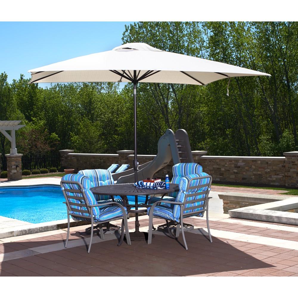 Market Umbrellas | Royal Swimming Pools