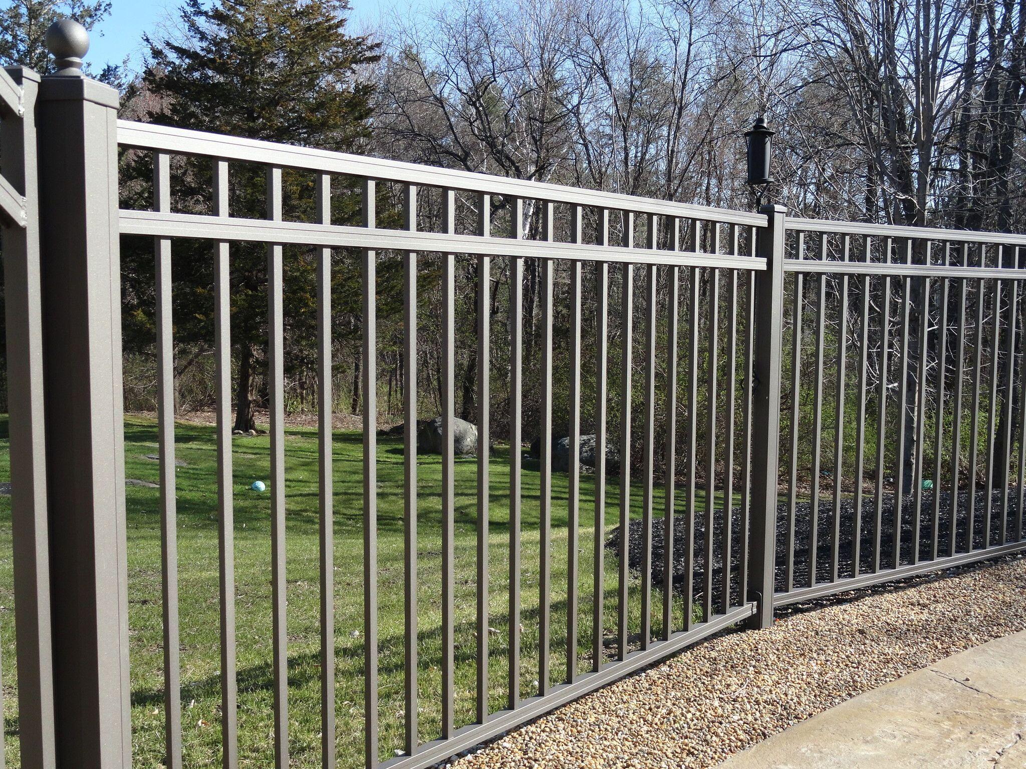 Royal Kitchen Design Regis Aluminum Fence