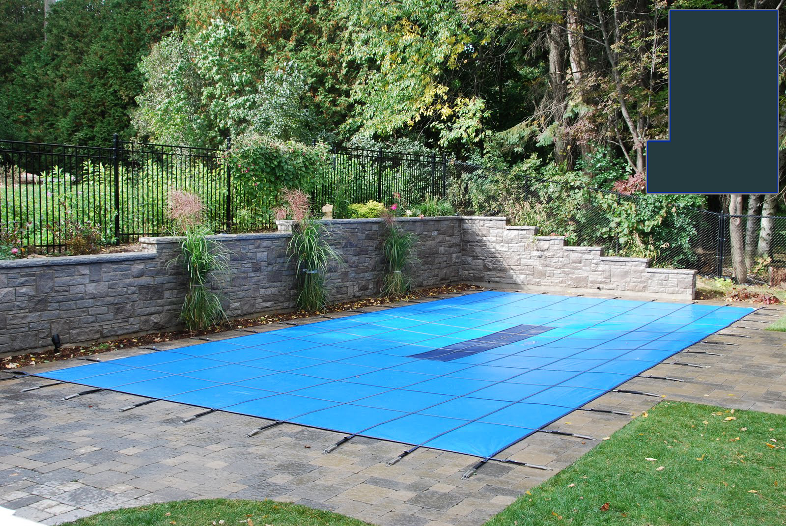20 yr solid safety cover w drain for 20 39 x 40 39 rectangle Rectangle vs round pool