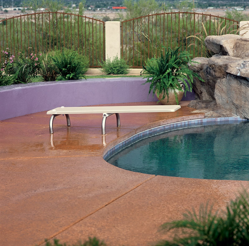 28 awesome swimming pools with diving boards for Homes with inground pools for sale near me