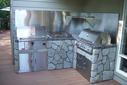 Bull Bison Charcoal Grill In Island