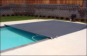 Recessed Track Automatic Swimming Pool Safety Covers
